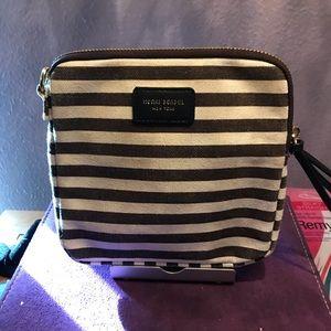Henri Bendel medium cosmetic bag